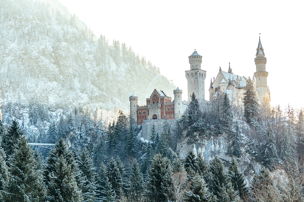 Neuschwanstein castle in winter - only a short day trip from Munich away