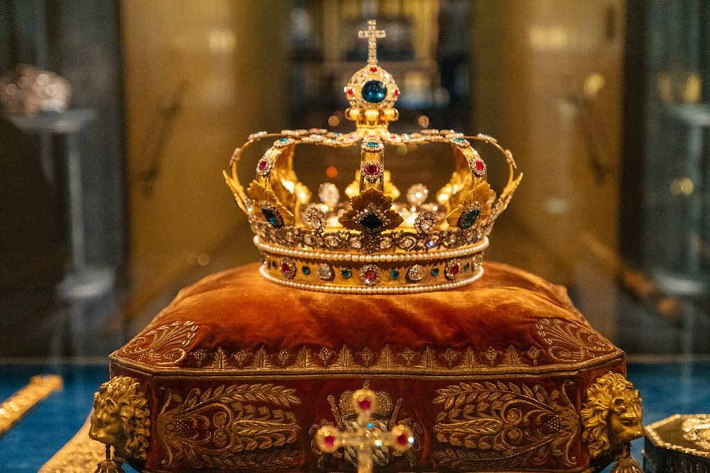 The bavarian crown jewels in the Treasury Museum in the Munich Residence Palace