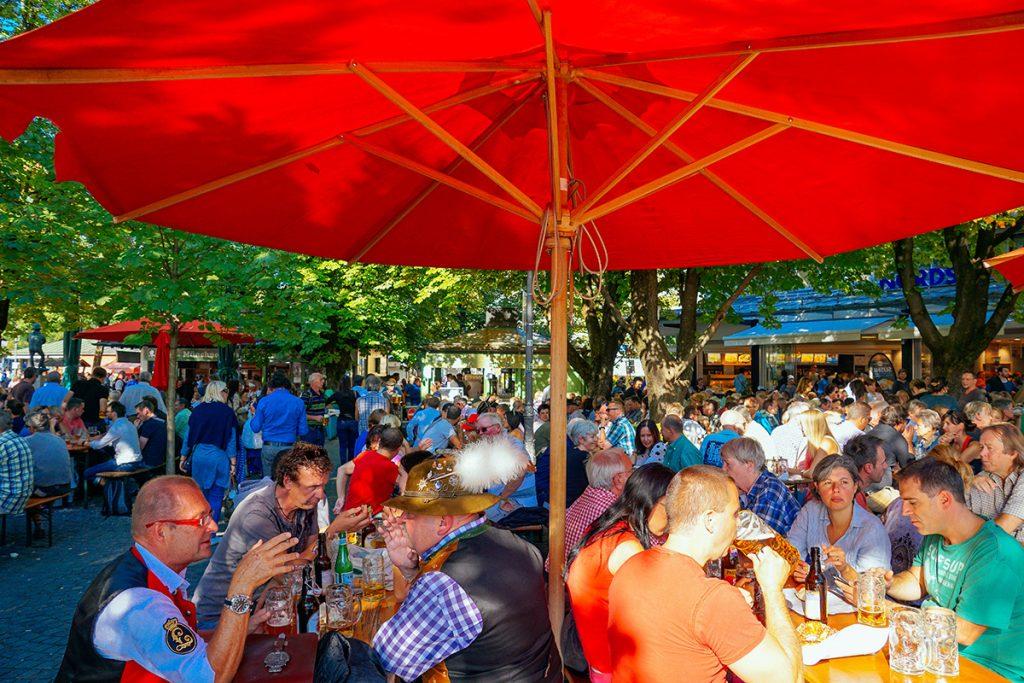 The beer garden on Viktualienmarkt in Munich, Gemrany