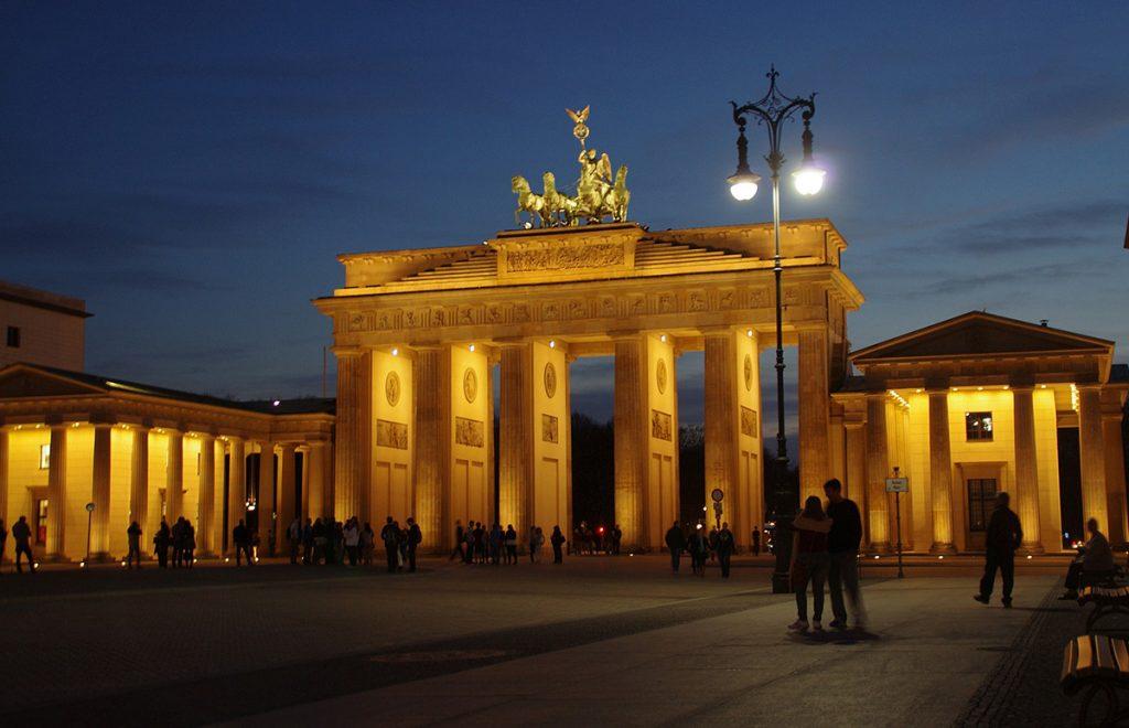 The Brandenburger Tor in the center of Berlin, Germany