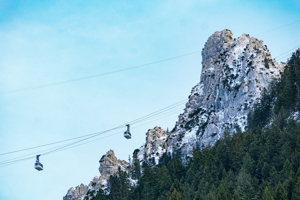 The tegelbergbahn rope way behind Neuschwanstein Castle